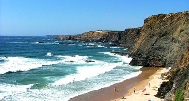 O mar é uma fonte natural abundante de magnésio