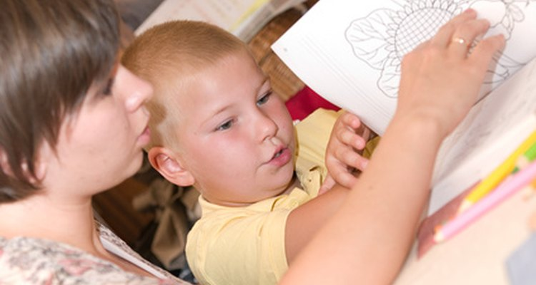 Se você ama trabalhar com crianças, a carreira em uma escolinha ou creche pode ser o ideal