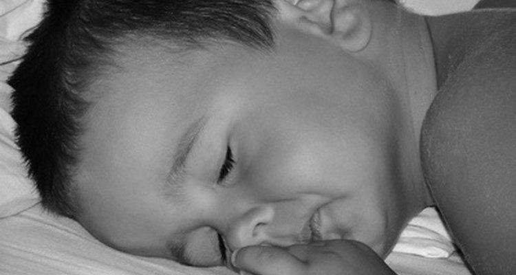 Ayuda a los niños a reducir la ansiedad por separación para que puedan dormir profundamente en la guardería.