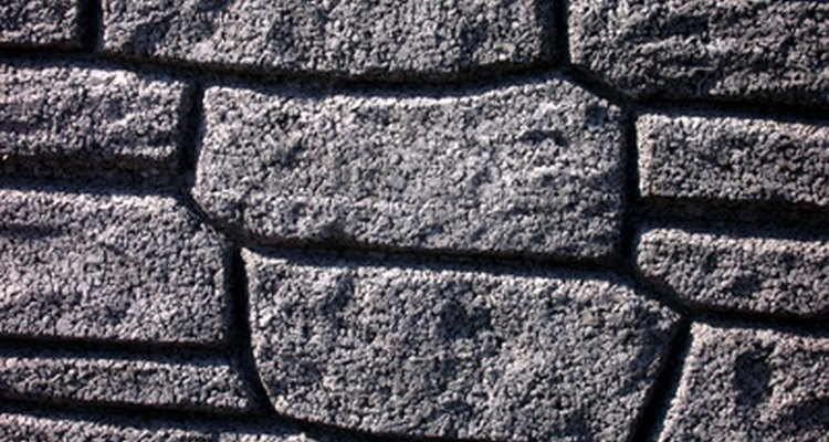 Make an imitation stone block wall with foam.