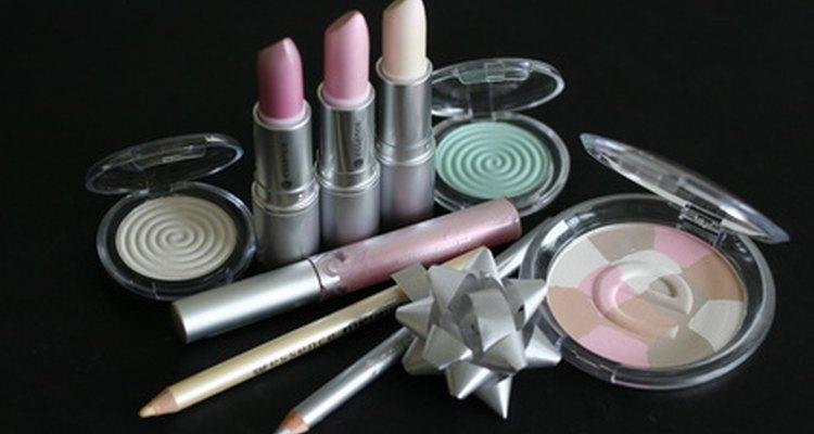 O polímero cruzado de dimeticona e o PEG-8 são encontrados em muitos produtos de beleza
