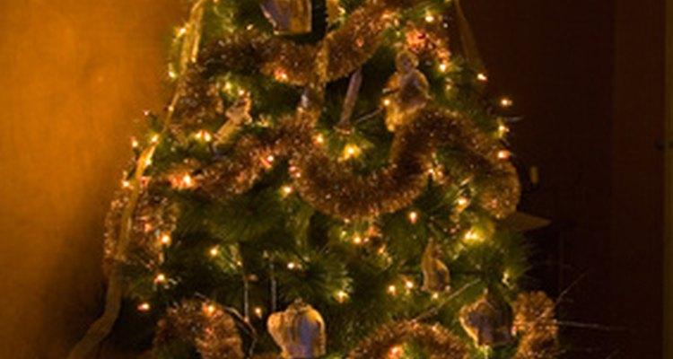 Anuncia tu embarazo a través de tu árbol de Navidad.
