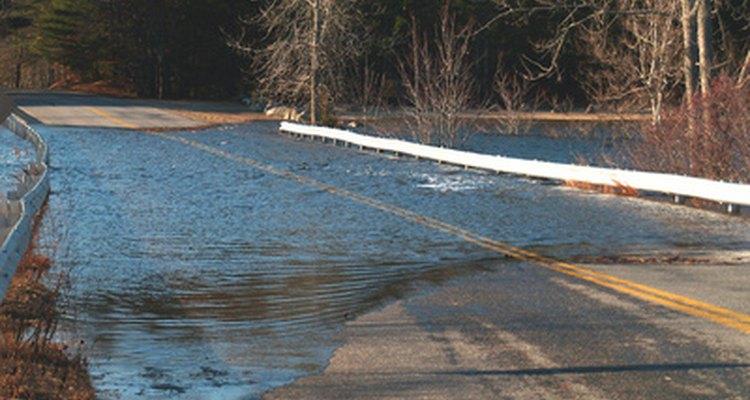 Más de la mitad de las muertes relacionadas con inundaciones involucran a un automóvil.