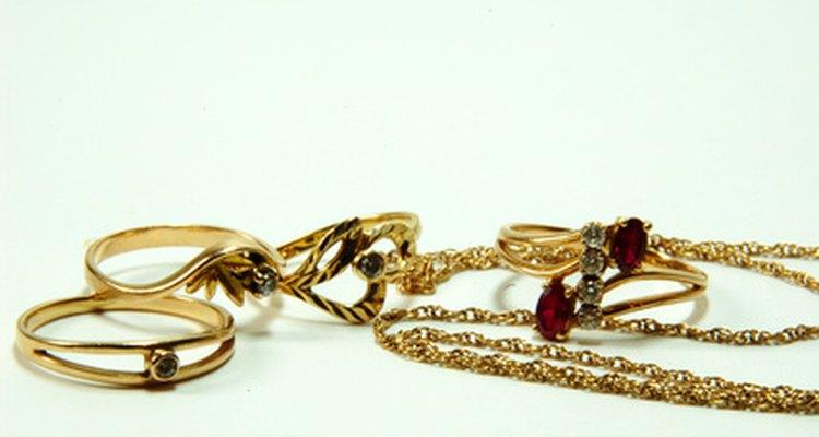 Prueba para determinar si tus joyas están hechas de oro.