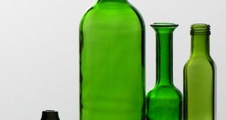 El verde esmeralda es ideal para dar toques de color a un cuarto o vestuario.