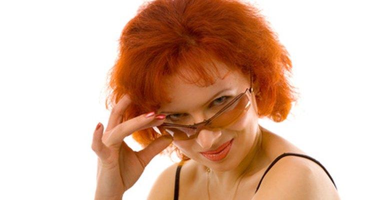 Las cejas no deben coincidir con el color del cabello