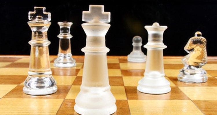 Los juegos de mesa les enseñan a los adolescentes habilidades sociales.