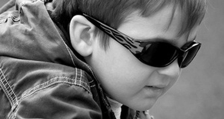 Enseñar a tu hijo a ser seguro de sí mismo le ayudará a ser respetuoso con otros.