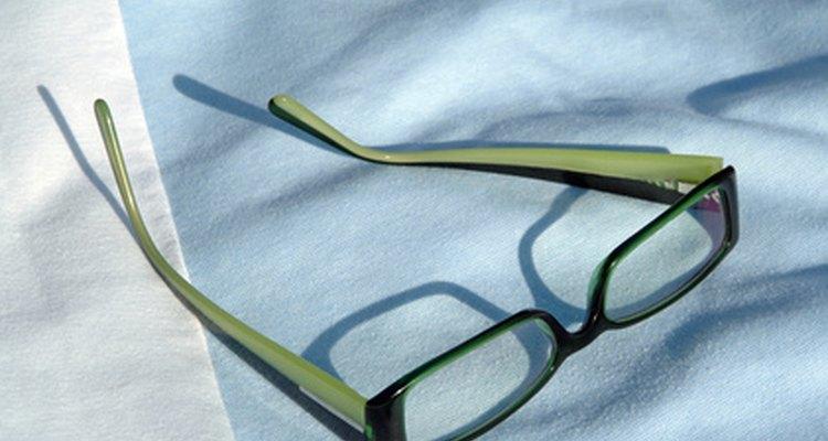 Armações de lentes de grau podem ser usadas para lentes sem grau