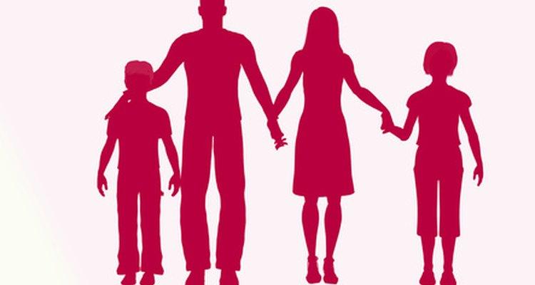 La comunicación dentro de la familia incluye, tanto la comunicación verbal como la no verbal, y puede ser saludable o disfuncional.
