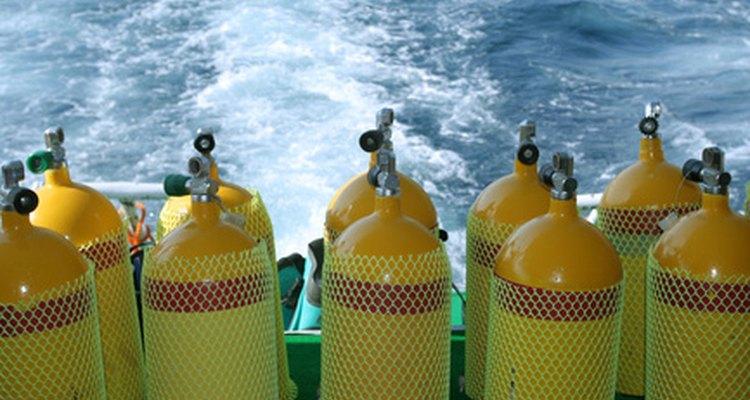 Los tanques llenos de aire comprimido tienen el potencial explosivo de una granada de mano.