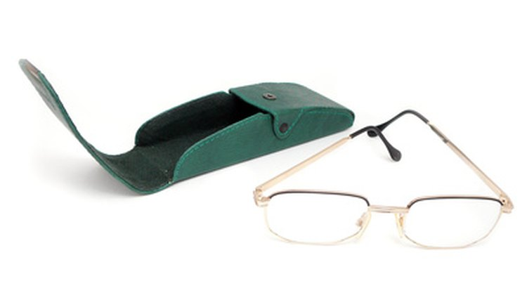 Plastic eyewear frames can be easily stained by hair dye.