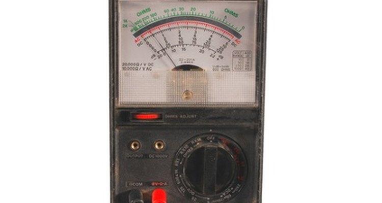 Multímetro analógico básico