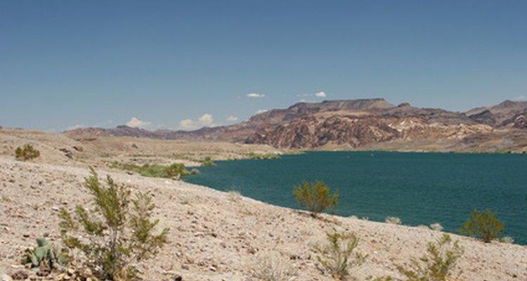 El lago Mohave tiene decenas de lugares para pescar cerca de Laughlin, Nevada.
