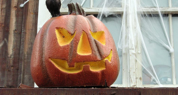 Teias de aranha de algodão adicionam um toque à sua decoração de Dia das Bruxas