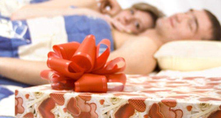 Comemorar os seis meses de namoro é uma boa desculpa para trocar presentes