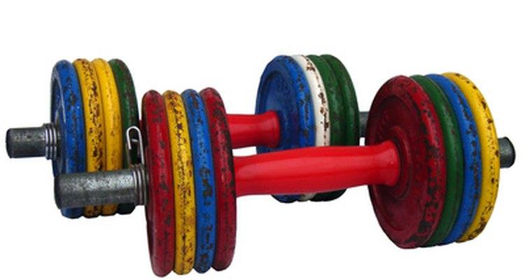 Levantar peso livre é uma boa forma de aumentar a massa muscular
