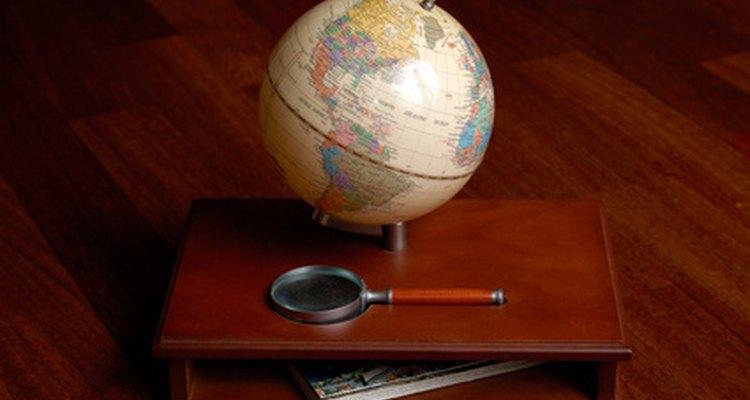 El entrenamiento de oficiales de la CIA incluye idiomas por la gran cantidad de viajes que se requieren a otros países.