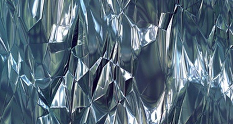Aprende a asilar tus habitaciones con papel de aluminio.