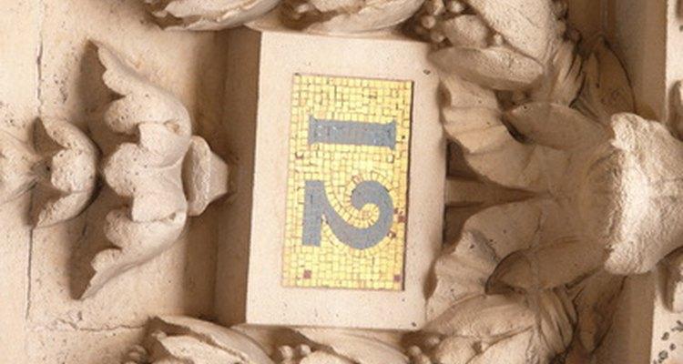 O número 12 aparece em toda a Bíblia, e alguns dizem porque é múltiplo do número divino 3 e o número terrestre 4