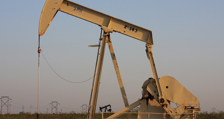 Los operadores de concesión deben mantener los yacimientos petrolíferos en tierra.