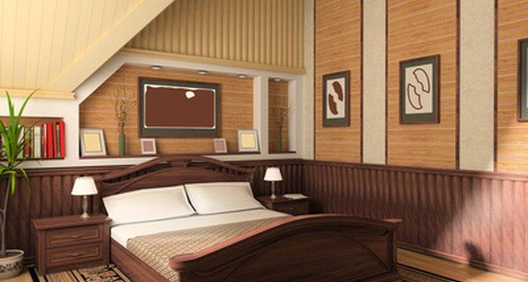 Usa todos los tono de marrón para un dormitorio cálido y neutro.
