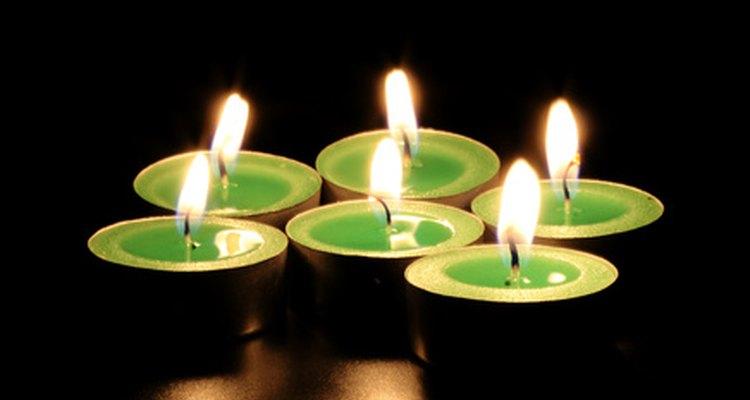 Las esmeraldas tienen muchas propiedades curativas, entre ellas el crecimiento  espiritual y la serenidad.