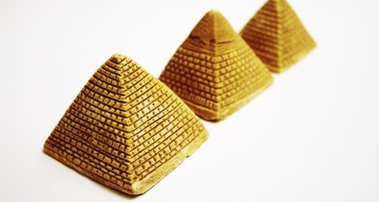 Many everyday objects are shaped like pyramids.