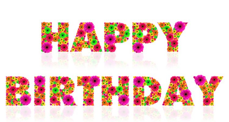 Celebra un cumpleaños especial con una presentación creativa.
