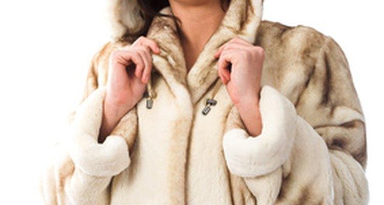 Lavar um casaco de pele requer cautela