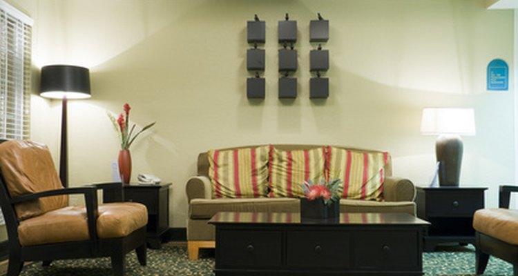 Los tapizados pueden acumular cantidades considerables de suciedad como resultado del constante contacto humano.