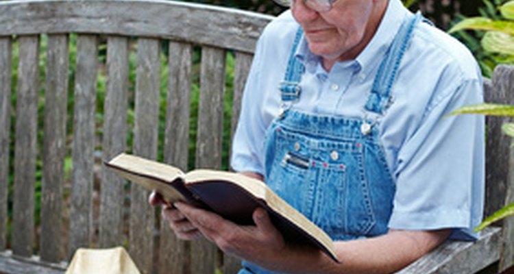 Existem muitas referências sobre Jacó e Esaú ao longo da Bíblia