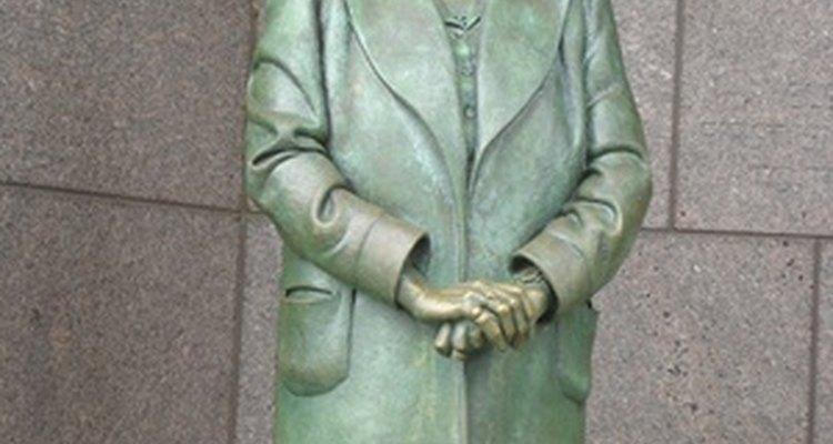 Una estatua de Eleanor Roosevelt.