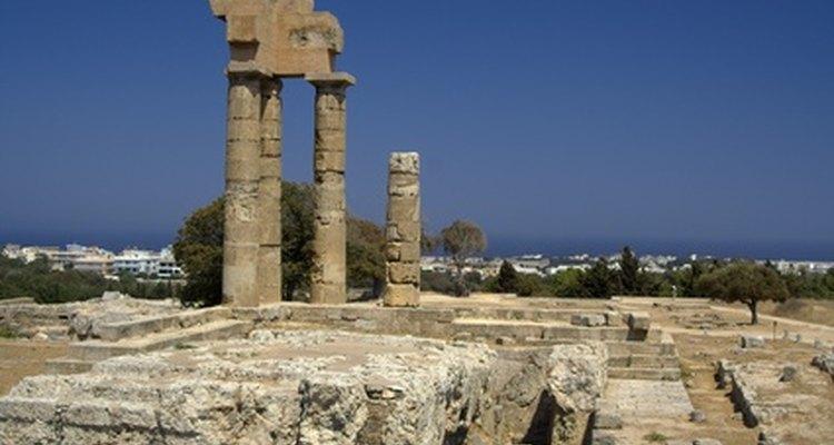Anfiteatros gregos foram os precursores dos anfiteatros modernos como o Hollywood Bowl.