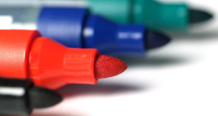 Los rotuladores permanentes vienen en una gran variedad de colores.