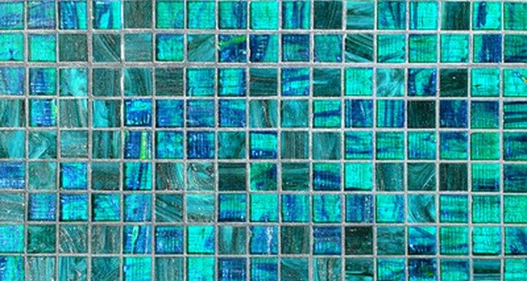 Azulejo de vidro em piscinas é durável