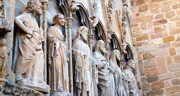 Los apóstoles.