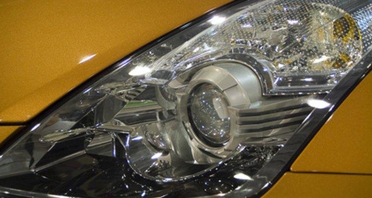 Realize ajustes nos faróis do seu Nissan Sentra