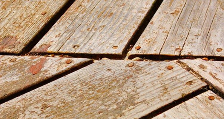Selecione os parafusos apropriados para seu deque de madeira