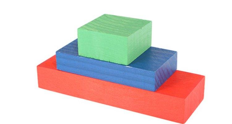 O diagrama dessa estrutura é representado em forma de pirâmide