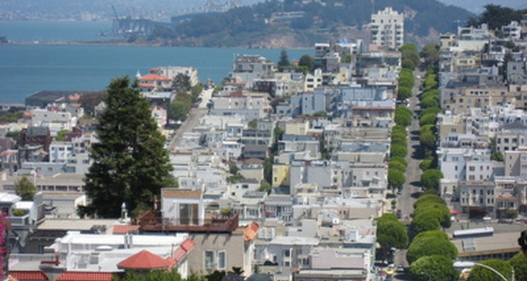 San Francisco, a city located near earthquake faults, could benefit from earthquake-proof housing.