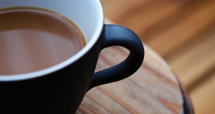 ¿Cuál tiene más ácido: el té o el café?