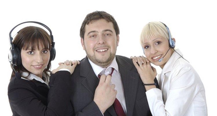 Muéstrale a tu jefe que puedes trabajar con otros y te ganarás su respeto.