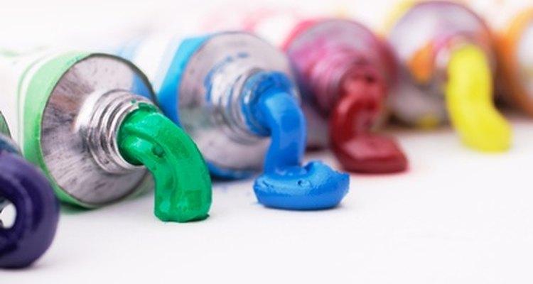 Use vinagre para remover tinta acrílica do vidro