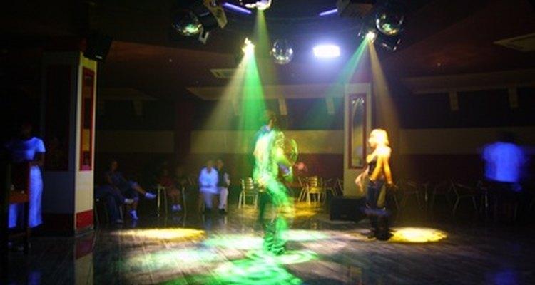 Varias discotecas de la ciudad de Nueva York están dirigidas a un público joven.