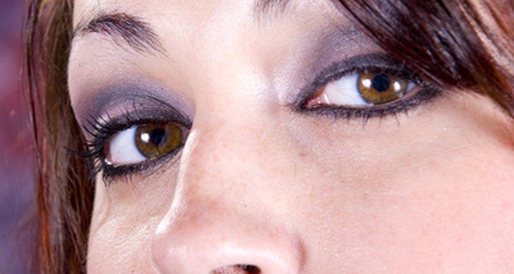 Nystagmus can be reduced by training the eyes to look to one side.