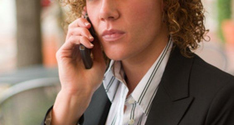 Interligar-se com os funcionários atuais para pegar dicas de vestimentas adequadas lhe dá uma vantagem