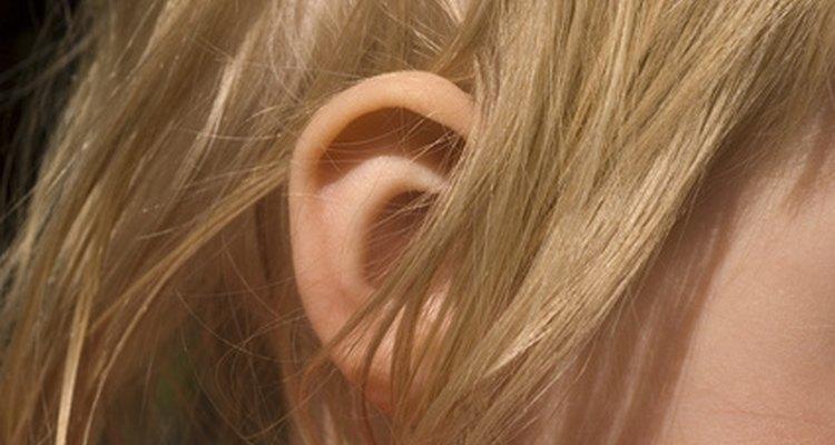 La acumulación de cera puede causar incomodidad e incluso pérdida de la audición en los niños pequeños.