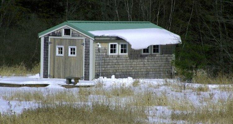 Un galpón puede ayudar a controlar el desorden alrededor de tu casa.