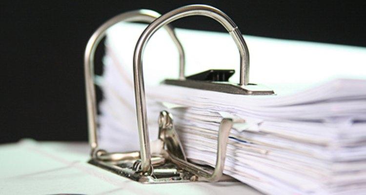 Los departamentos de recursos humanos generalmente están a cargo de los empleados.